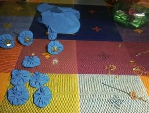 Preparazione dei palloncini di stoffa