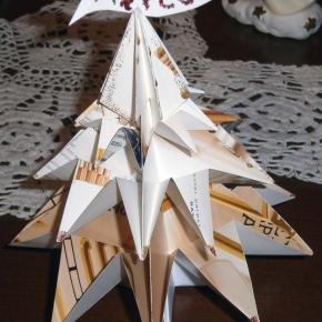 Abete origami dorato