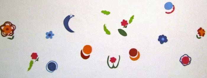 Forme fiori e pianeti di feltro
