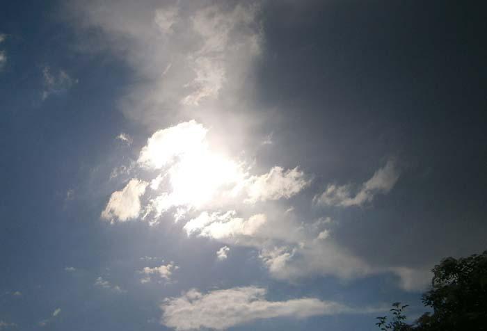 Il sole fa capolino