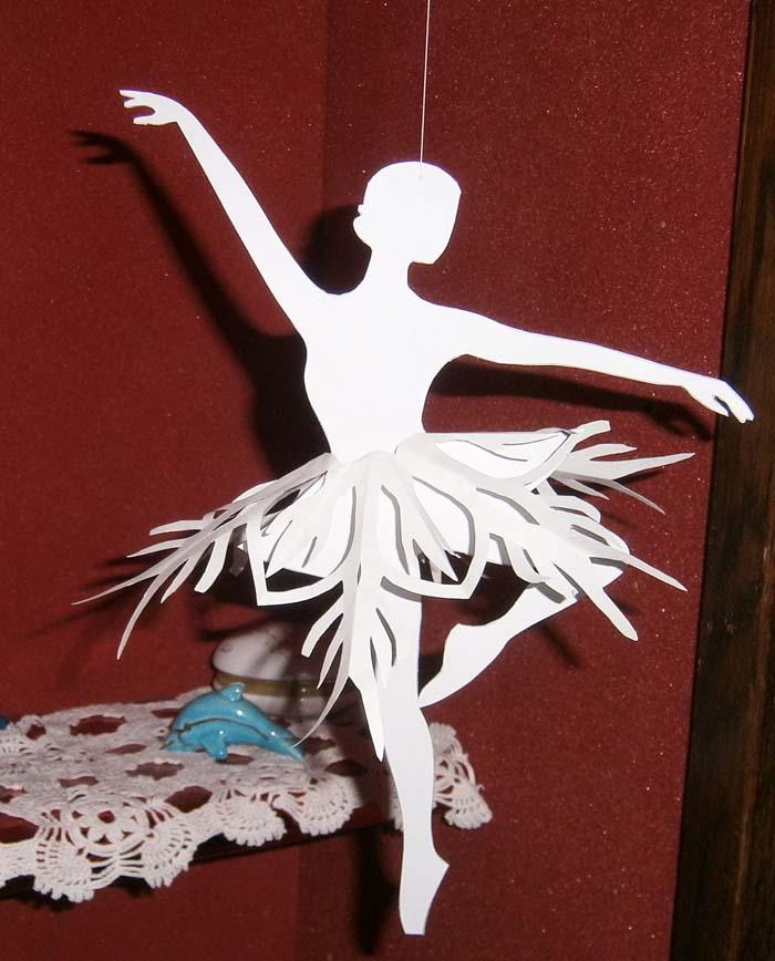 Ballerina di carta